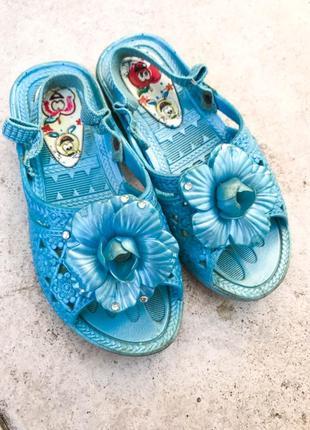 Босоножки-туфельки-тапочки