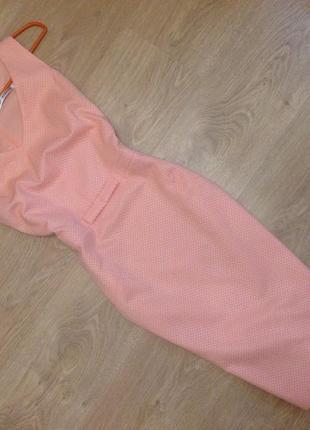 Полная распродажа в связи с переездом! торг! итальянское платье-футляр из фактурной ткани