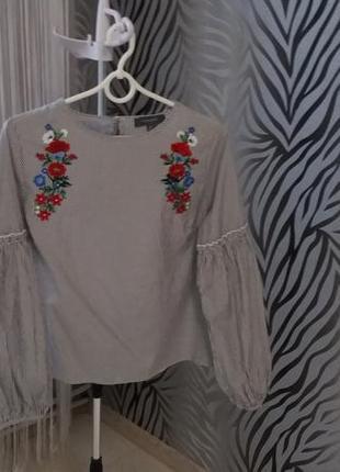 Рубашка в полоску з вишивкою primark