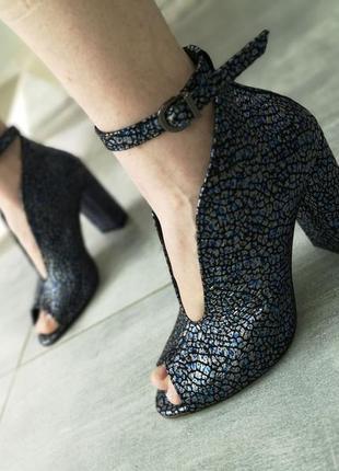 Эксклюзивные кожаные туфли