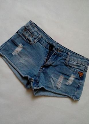 Джинсовые шорты для девочки1 фото