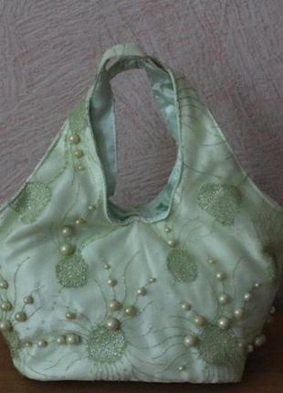 Нарядная сумочка с жемчугом