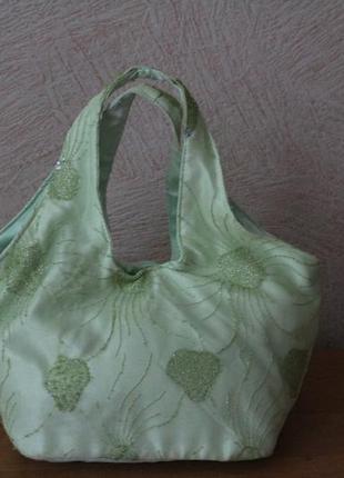 Нарядная сумочка с жемчугом2 фото