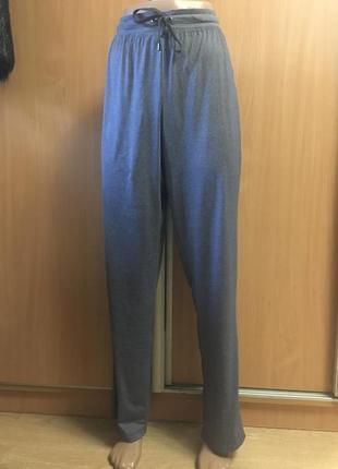 Спортивные штаны из тонкого трикотажа размер 12