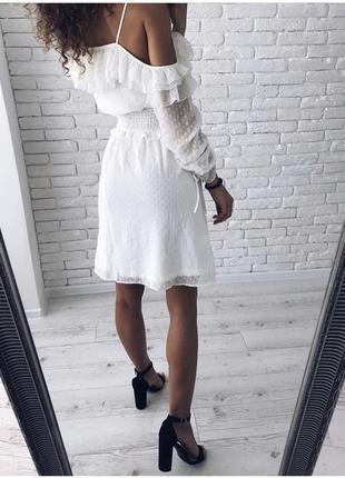 Неймовірно ніжна сукня з рюшами, нова!3 фото