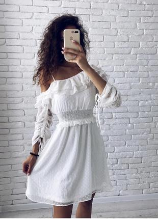 Неймовірно ніжна сукня з рюшами, нова!2 фото