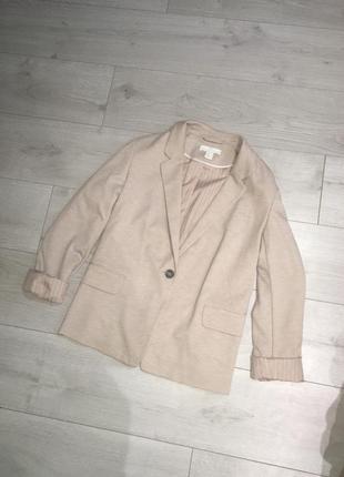 Базовый крутой пиджак , блейзер , жакет прямого кроя