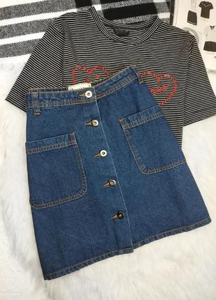 Тотальная распродажа! джинсовая юбка трапеция а силуэта с карманами на пуговицах спідниця