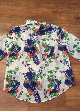 Рубашка в цветочный принт тренд осени 20192 фото