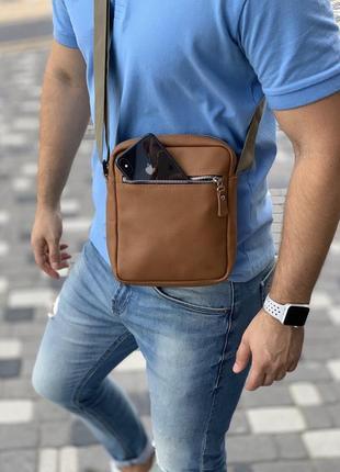 Мужская сумка коричневая рыжая через плечо маленькая на молнии