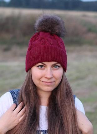 Вязаная шапка с шикарным узором
