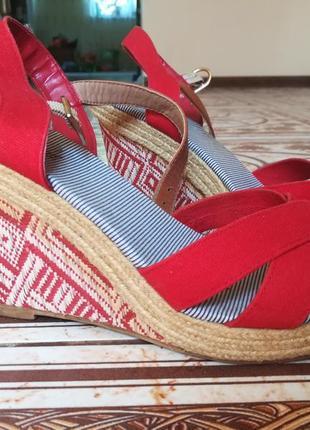 Босоножки на танкетке плетёной платформе, сандали, босоніжки, 39 р.