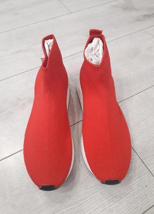 Кросовки zara