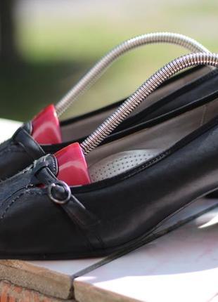 Шикарные кожаные туфли ara 40-41