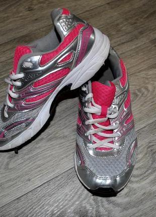 Кроссовки для спорта для тенниса бега трекинговые яркие розовые