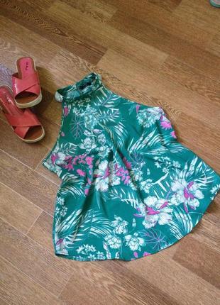 Літня майка, блуза в тропічний принт, тренд