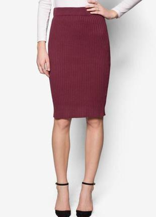 Классная юбка в рубчик миди бордо