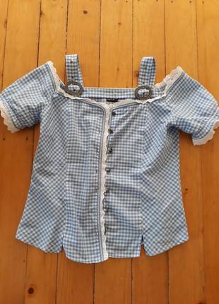 Модная рубашка с открытыми плечами