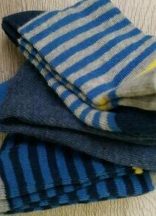 Красивые носки мальчику бренд c&a - германия.р. 27-30 набор 3 пары