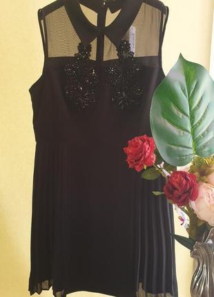Красивое платье,сеточка,паетки ,плисировка,м,л