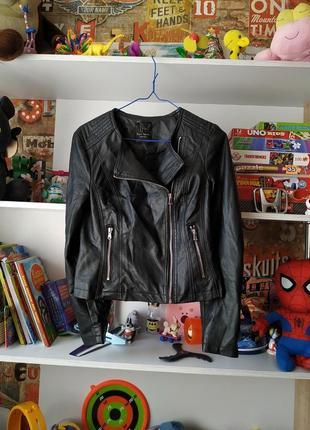 Чёрная куртка кожанка косуха lft