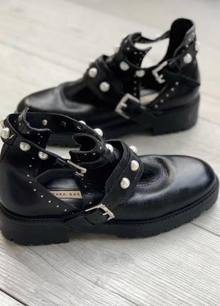 Кожаные ботинки, шкіряні черевики zara