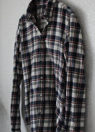Модная рубашка в мужском стиле