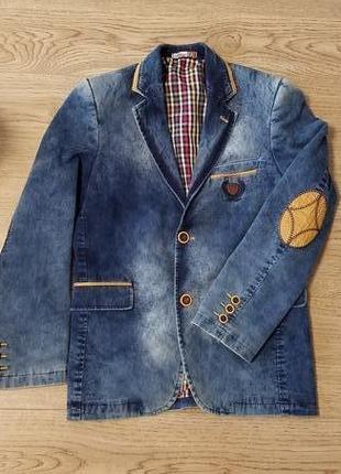 Стильний джинсовий піджак