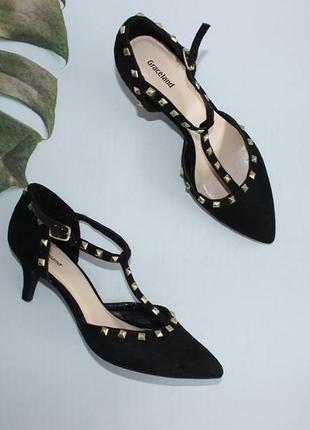 Graceland замшевые босоножки с закрытыми носочком на ремешке