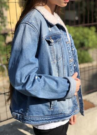 Джинсовая куртка с мехом джинсовка шерпа оверсайз