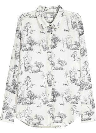 H&m. стильная блуза с интересным принтом 6-й размер