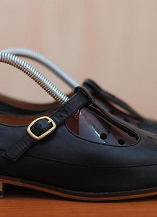 Черные кожаные женские туфли, босоножки clarks, кларкс. 37 размер. оригинал