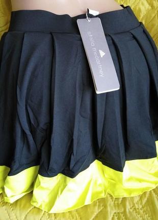 Юбка с вшитыми шортами бренда adidas. размер на выбор