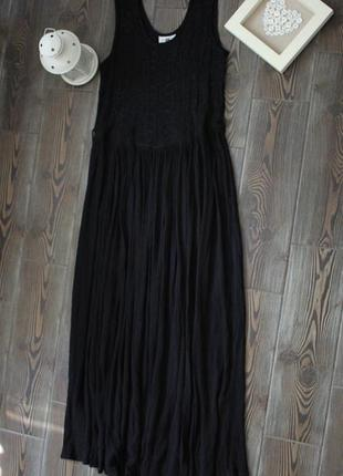 Винтажное платье - сарафан из жатой ткани с вышивкой