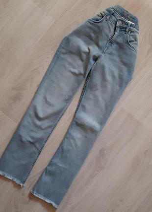 Актуальні джинси h&m розмір: 27/s