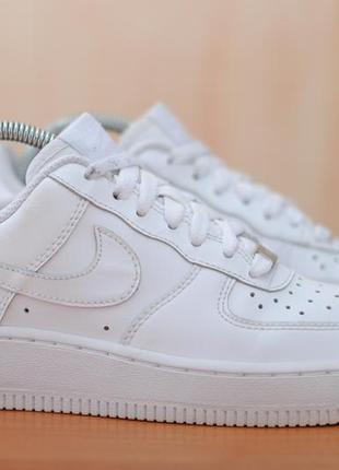 Белые женские кожаные кроссовки nike air force i, 36.5 размер. оригинал