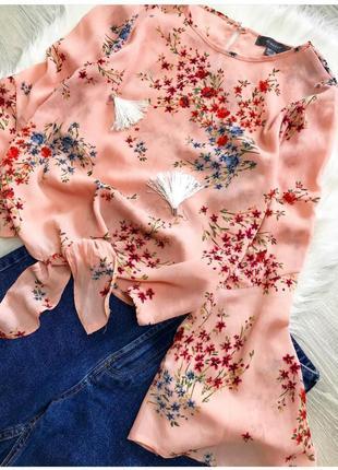 Красивая розовая блуза в цветочный принт с широкими рукавами primark