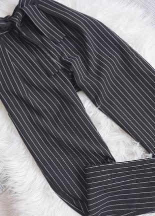 Высокие брюки с пояском