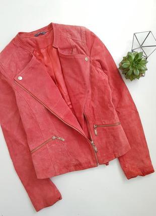 Красная лососевая кораловая замшевая натуральная куртка косуха кожанка