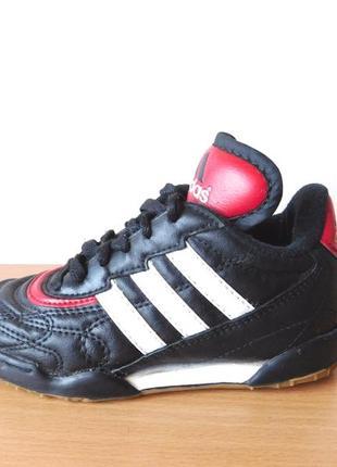Кроссовки adidas 28-30 р. внутри по стельке 18 см