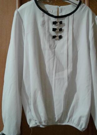 Школьная шифоновая  блузки ! не пропусти. 134-140рост