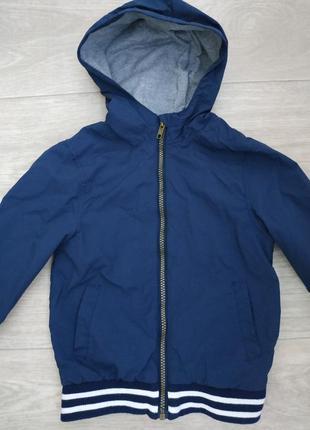 Куртка,ветровка на флисе, на 5 лет