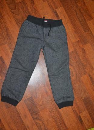 Очень теплые брюки chicco чико 110см на х б подкладе