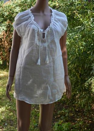 Тончайшая белая батистовая блузка - распашонка.