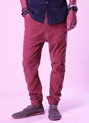 Зауженные брюки джинсы с манжетами скинни марсала topman