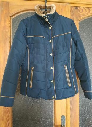 Демісезонна куртка ostin 38 m