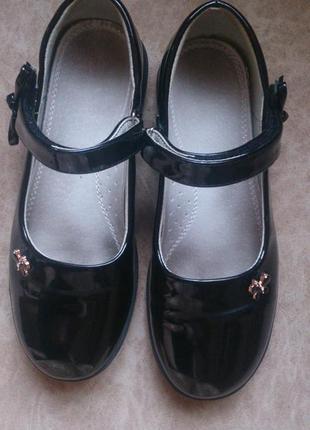 Красивые туфли для школы