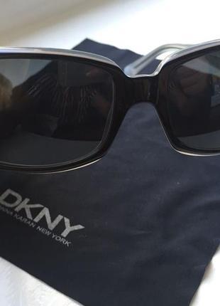 Очки солнцезащитные dkny - donna karan new york.
