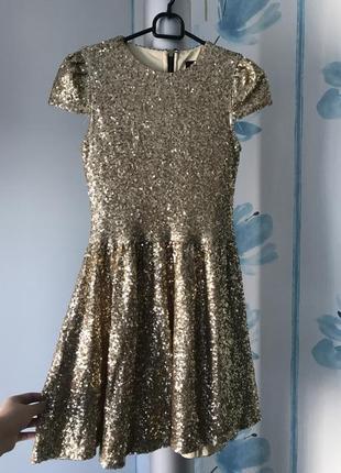 Золотистое платье в пайетки missguided