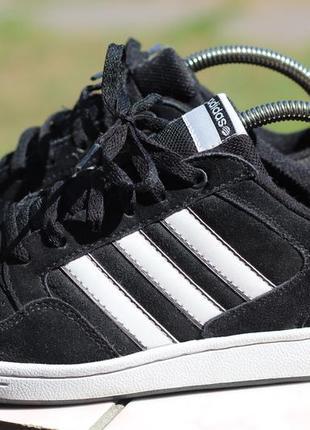 Замшевые кроссовки adidas 37-38. вьетнам